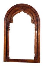 Bogenförmige Deko-Spiegel im Antik-Stil