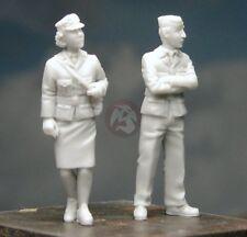 Djiti's 1/48 British RAF Personnel Man & Woman in Military Uniforms (2 Fg) 48002