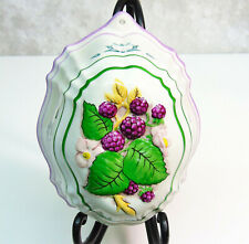 LE CORDON BLEU Franklin Mint Jello Mold 1986 Berries WALL HANGING Ceramic Art