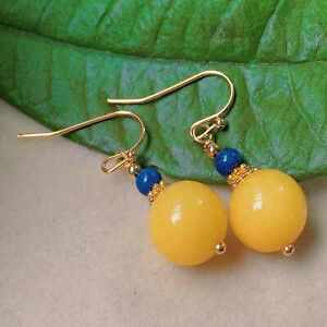 Fashion natural yellow round Beeswax lapis lazuli gold earrings FOOL'S DAY Hook