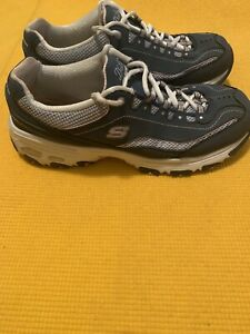 Skechers D'lites Womens  Memory Wide Fit Sneakers Size 9.5W