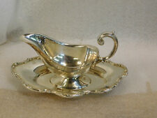 VINTAGE NEWPORT SILVERPLATE GRAVY SAUCE BOAT WITH FITTED STAND PLATE YB-509