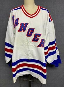 Vintage White New York Rangers CCM Maska Hockey Jersey with Fight Strap Size 48