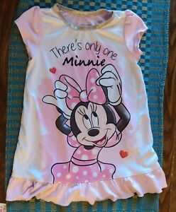 Disney Junior Minnie Mouse Size 2T Nightgown Flame resistant