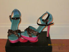 Brand new sold out 2be  bebe   avis  shoes blue/pink 7