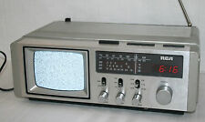 VINTAGE! RCA Playmate 5 B&W TV & AM/FM Radio Combo W/ Quartz Alarm Clock