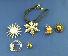 Lot of 6 Pins Brooches