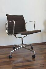 Eames Vitra Alu Chair EA108 Hopsak dark brown CHROM auf Rollen