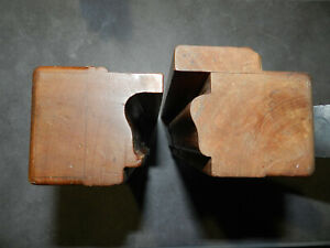 Anciens outils  Superbe paire de rabots à moulure