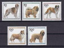 Postfrische Briefmarken aus der BRD (1990-1999) mit Hunde-Motiv als Satz