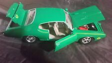 1969 Pontiac GTO Judge, Green - Motormax 73242 - 1/24 scale Diecast Model Toy