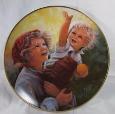 "1982 AMERICAN  Plate Collection ""  REACHING TOGETHER "" By  SU ETIC"