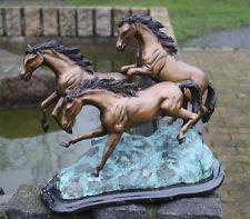 Bronzeskulptur drei Pferde auf Marmor Bronze Figur Statue Dekoration