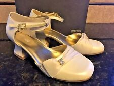 Kenneth Cole Ivory Dress Shoes Satin Ribbon/Rhinestone Clip NEW Youth Girls SZ 6