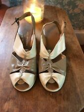 Guc Carousel 1940's Tan Open Toe Sandals, 9.5-10