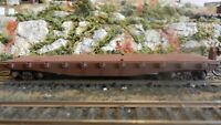 Athearn HO Vintage BB  40'  Flat Car, Unlettered, Upgraded,, Exc.