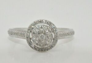 9ct white gold round halo cluster ring size N