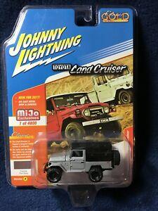 Johnny Lightning Toyota Land Cruiser 1980  JLCP7030 1/64 Flat Gray