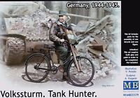 Masterbox 1:35 Volkssturm Tank Hunter With Bicycle 1944-1945 Figure Model Kit