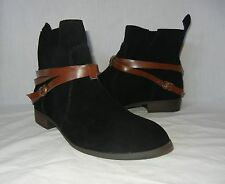 BC Footwear Women's Suede Pull On Wrap Around Strap Ankle Boots size 9