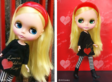 "NRFB Hasbro Takara Tomy Top Shop Exclusive 12"" Neo Blythe Doll Simply Love Me"