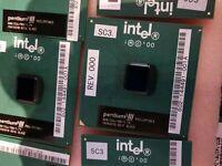 INTEL Pentium III P3 800MHz SL4CE 800/256/100/1,7V Sokel PPGA370 S370 CPU[used]