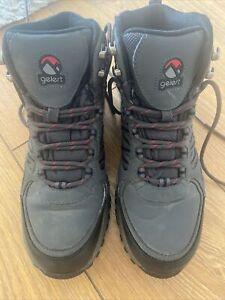 gelert walking boots size 7