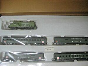US ARMY TRAIN SET GP-20 LOCO AND  4 HOSPITAL PASSENGER CARS #MRR-122320