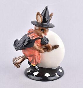 Royal Doulton Bunnykins Figurine - Trick Or Treat Bunnykins DB162