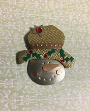 Christmas Metal Snowman Brooch Pin Holly Hat Jewelry Bc-7