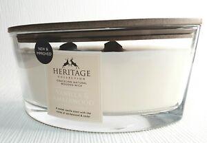 HERITAGE Large , crackling 2 wood wick candle 484g. Vanilla and Amberwood.