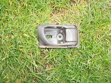 97-02 SUBARU FORESTER SISTEMA OPERATIVO Driver maniglia porta interna