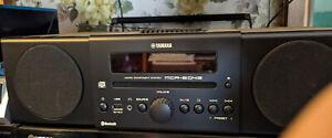 YAMAHA Micro Hi Fi Bluetooth Radio 30 Watt Aux Mp3 CD FM Nero MCR-B043