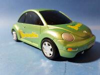 GREEN PLASTIC VW VOLKSWAGEN NEW BEETLE SHAPE SELF PROPELLED TOY CAR  GREAT FUN