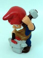 Figurine Ferrero Kinder dwarf - Nain de Jardin Gnome maréchal ferrant