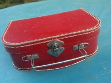 Ancienne petite valise carton couture abécédaire Tricotin œuf bois enfant JOUET