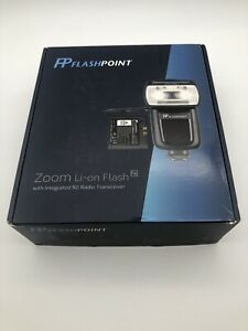 Flashpoint Zoom Li-on Flash R2 w/ Integrated R2 Radio Transceiver - New!