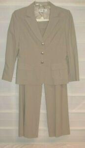 Tahari Arthur Levin Beige Houndstooth Check Suit Jacket  & Pants 8 EC!
