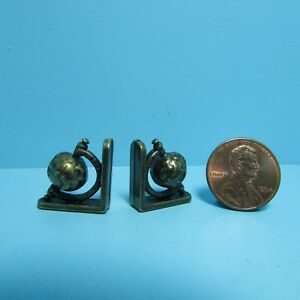 Dollhouse Miniature Metal World Globe Bookends with Antique Finish S1613