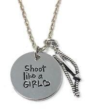 """925 Argento PLT """"sparare come una ragazza"""" Archery Arco E Frecce Inciso Collana un"""