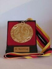Große Metall-Medaille im Etui mit Band, Wunschgravur und Wunschemblem