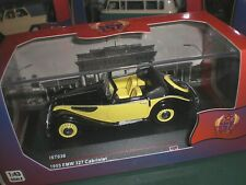 IXO / IST Models 036 - EMW 327 1955 black & yellow - 1:43 Made in China