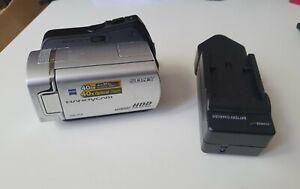 SONY HANDYCAM DCR-SR36E CAMCORDER BOXED 40GB HARD DISC DRIVE VIDEO CAMERA