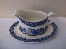 """Barratts """"Willow"""" Gravy Boat & Stand"""