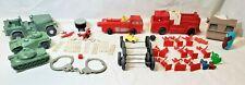 LOTTO di 30+ vintage toys-SAWYER VIEW MASTER, veicoli militari in plastica, Giocattoli Gay