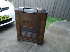 Console valve radio 1940 in working order (COLLECTION ONLY )