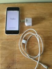 Apple I Phone 5c Boost Mobile White 16 G Excellent Cond.