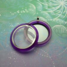 Colour Your World UV Locket - Colour: Purple