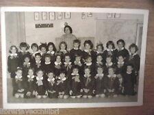 Vecchia foto bn di scolaresca COSENZA scuola elementare alunne con maestra dell