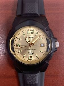 Men's Casio Sports Watch With Champagne Tone Face And New Battery WR100M